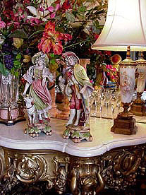 Efineantiques, home of fine European antiques, French and Italian antiques, French and German porcelains, fine china and dinnerware, Schumann Porcelain, Haviland Limoges, Rosenthal,  Dresden, Von Schierholz, Sitzendorf, Italian cameos, Fine Jewelry, 14 kt. gold and sterling silver, Reed and Barton candleabra and silverplate serving pieces.